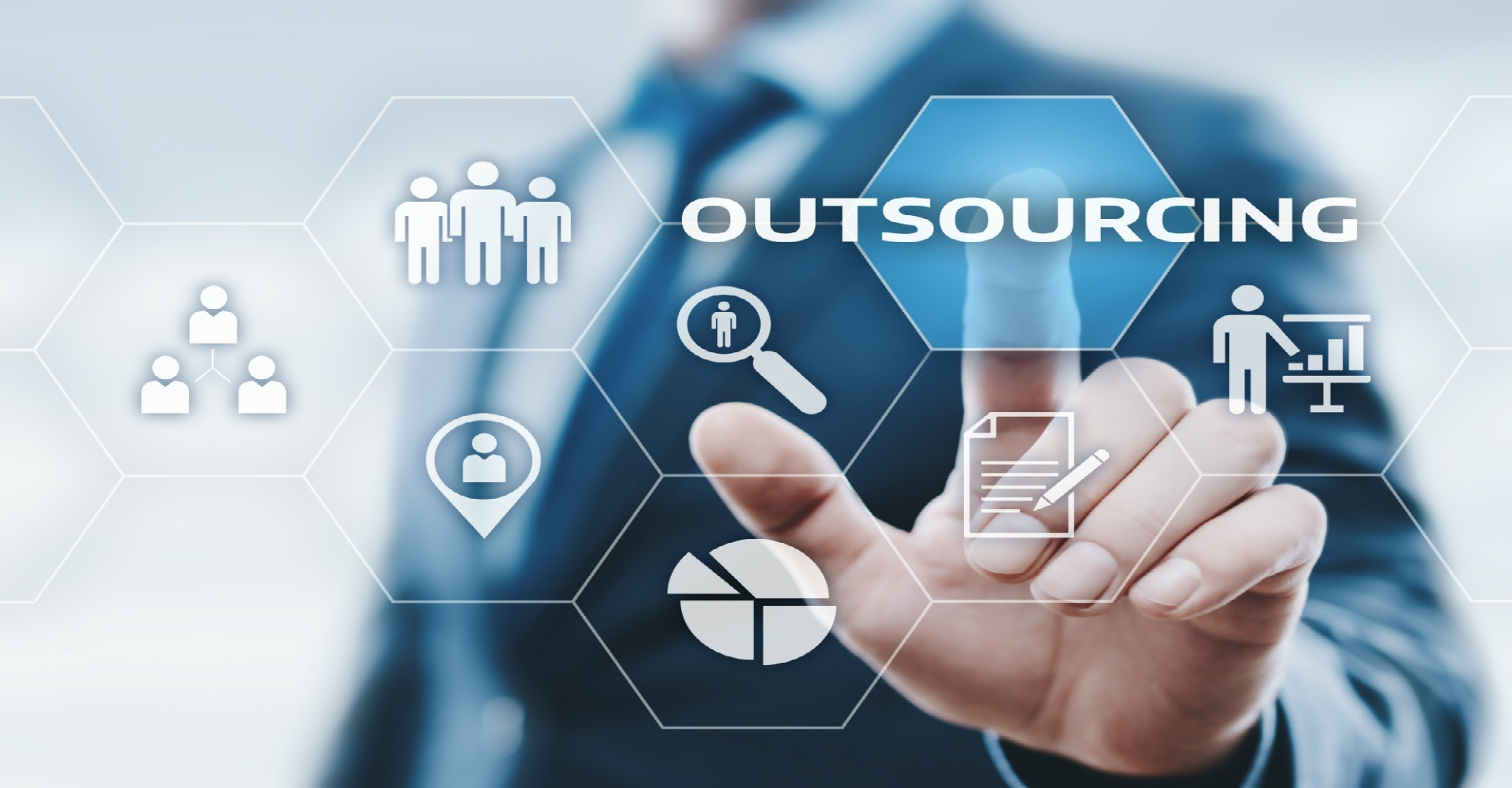 How to Successfully Outsource Software Development Projects