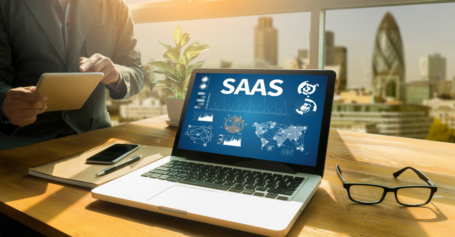 Should SaaS Companies Start Outsourcing Software Developers