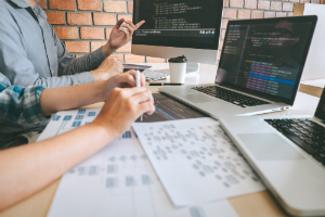 Top 8 Reasons Nearshore Software Development is Better than Offshore